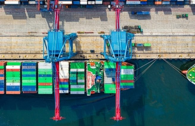 Container ships loading